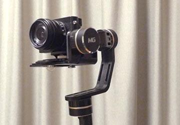 カメラBodyと台座のクッションを密着させる