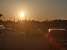 夕日、逆光はフレアとゴースト1