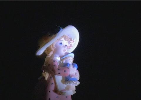 補正後のお人形のアップ